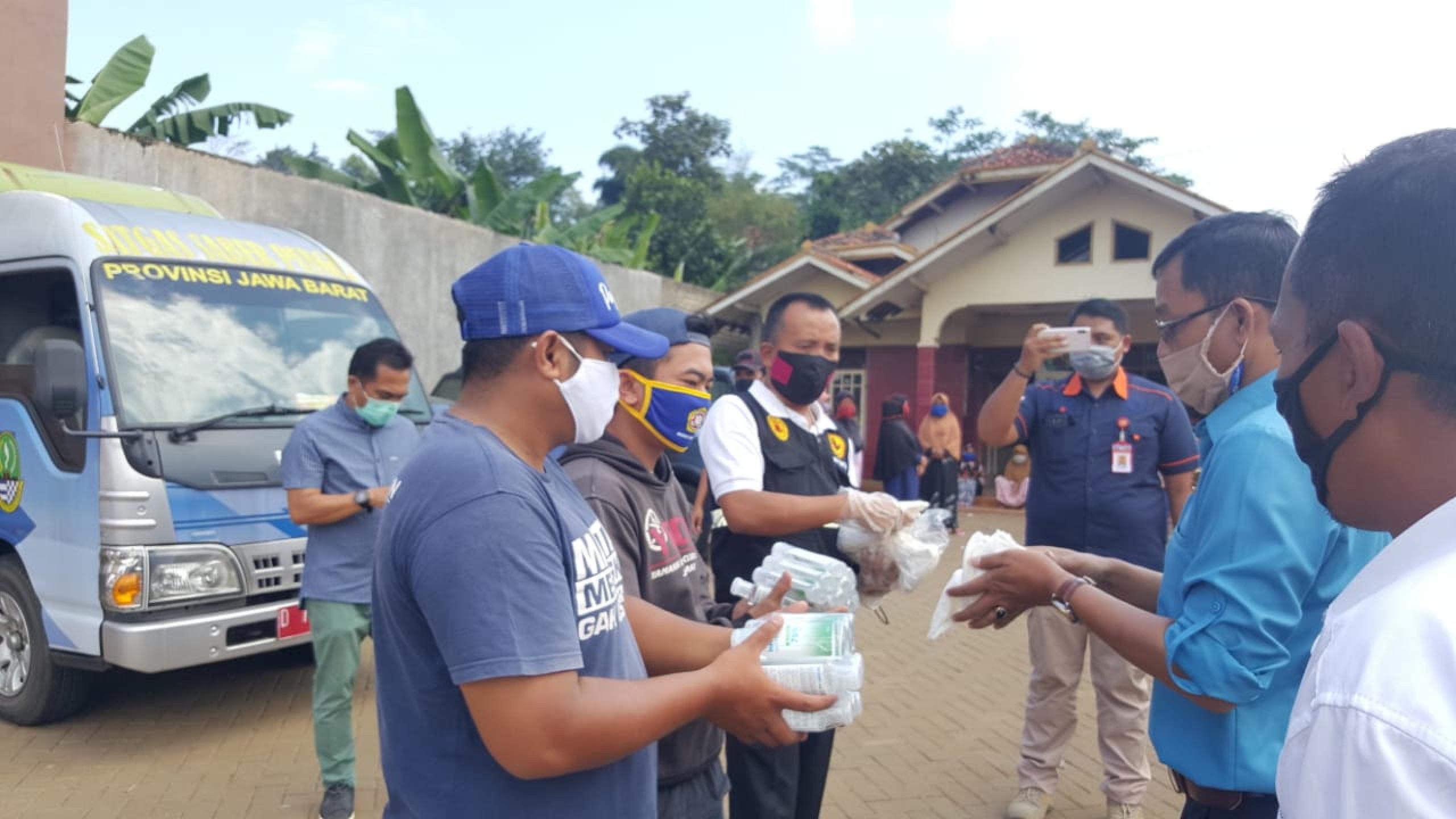 saberpungli jabar - Saber Pungli bersama MAPI Jabar Melaksanakan Baksos di Bandung Barat